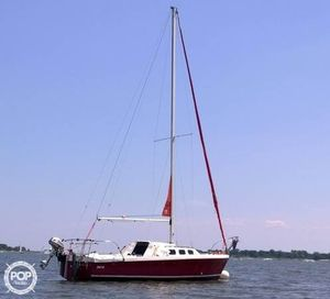 Used Rhodes 22 Racer and Cruiser Sailboat For Sale