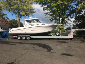 Used Seaswirl Striper 2901 Walkaround O/B Cruiser Boat For Sale