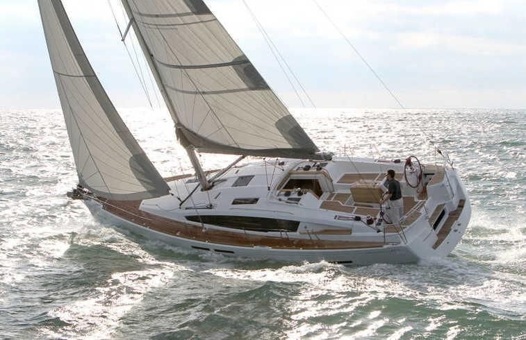 2018 Used Jeanneau 44 DS Deck Saloon Sailboat For Sale
