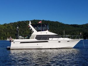 Used Ocean Alexander 42 CPMY Motor Yacht For Sale