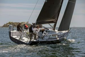 New J Boats J/121 Racer and Cruiser Sailboat For Sale