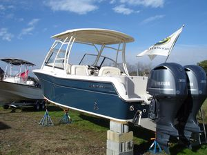 New Grady-White Freedom 285 Cruiser Boat For Sale