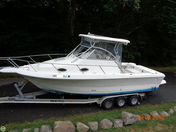 Used Pro-Line 2610 Walkaround Fishing Boat For Sale
