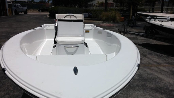 New Sportsman 17 Island Reef Center Console Fishing Boat For Sale
