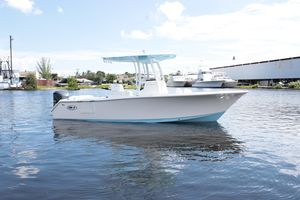 Used Sea Hunt Ultra 235 SEUltra 235 SE Saltwater Fishing Boat For Sale