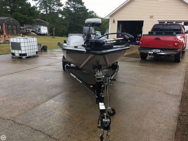 Used Bass Tracker Pro -Team 190 TX 30th Anniversary Edition Aluminum Fishing Boat For Sale