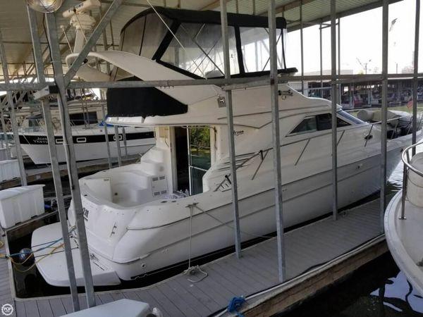 Used Sea Ray Sedan Bridge 400 Express Cruiser Boat For Sale