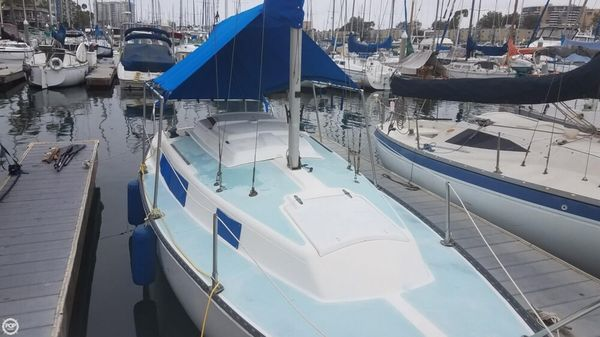Used Capital Yachts 24 Sloop Sailboat For Sale
