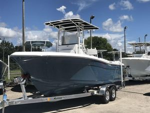 New Clearwater 22002200 Center Console Fishing Boat For Sale