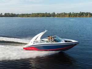New Regal 21002100 Deck Boat For Sale
