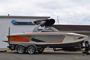 Used Tige RZ2 PLATINUMRZ2 PLATINUM Ski and Wakeboard Boat For Sale