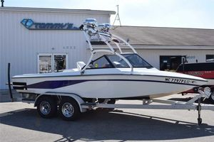 Used Centurion Tru Trac La Pointe EditionTru Trac La Pointe Edition Ski and Wakeboard Boat For Sale