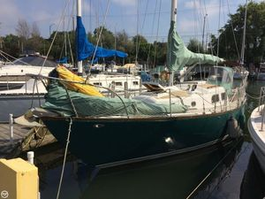 Used Pearson 32 Vanguard Sloop Sailboat For Sale