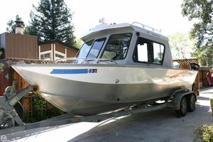 Used Hewescraft 220 Sea Runner Pilothouse Boat For Sale