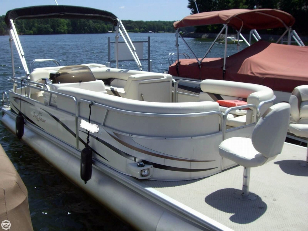 Used Smoker Craft Sunchaser 24 Pontoon Boat For Sale