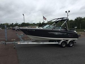 Used Monterey 214SS214SS Ski and Wakeboard Boat For Sale