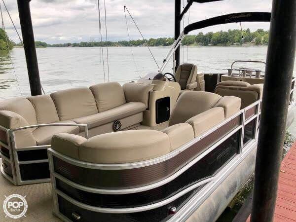 Used Godfrey Pontoon Sweetwater Premium Edition 255 WB Pontoon Boat For Sale