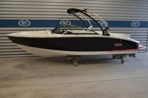 New Cobalt Bowrider Boat For Sale