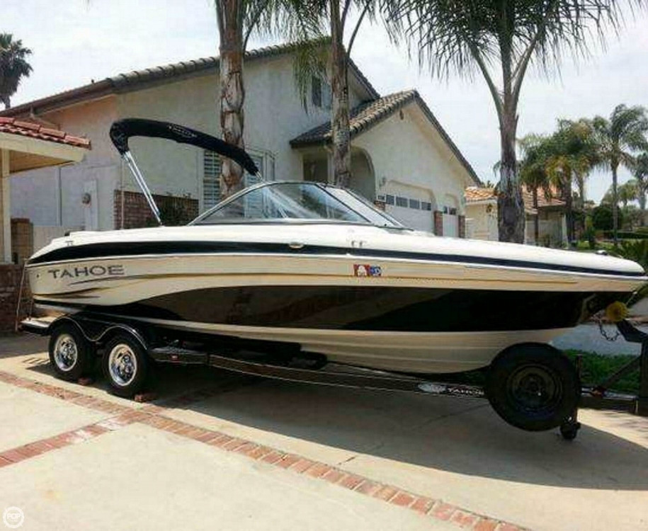 Used Tahoe Q6i SF Ski and Wakeboard Boat For Sale