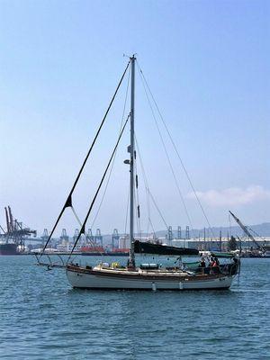 Used Hans Christian 41 Moliki Cruiser Sailboat For Sale