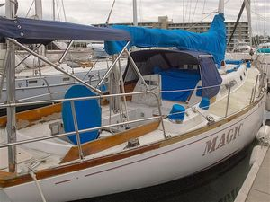 Used Ericson 41 Sloop Racer and Cruiser Sailboat For Sale