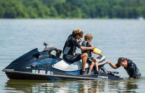Used Yamaha Waverunner VX Cruiser High Performance Boat For Sale