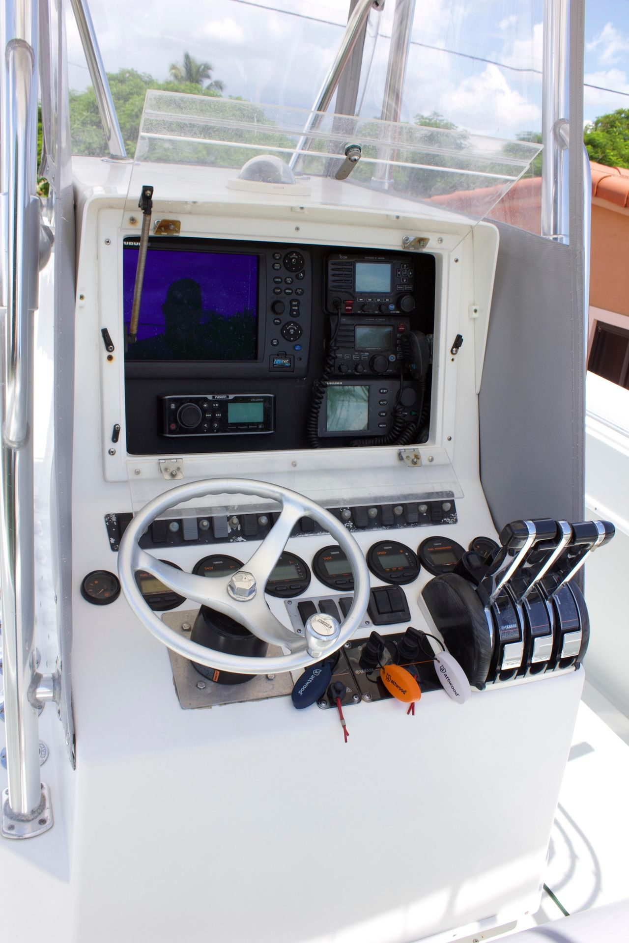 2005 Used Contender 36 Open Center Console Fishing Boat For Sale