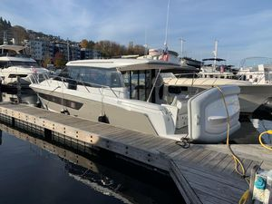 Used Jeanneau NC 11 Motor Yacht For Sale
