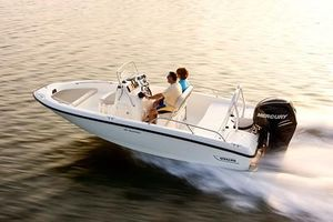 New Boston Whaler 180 Dauntless High Performance Boat For Sale