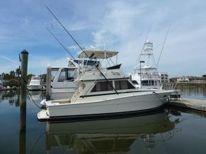 Used Viking 35 Sportfish Saltwater Fishing Boat For Sale
