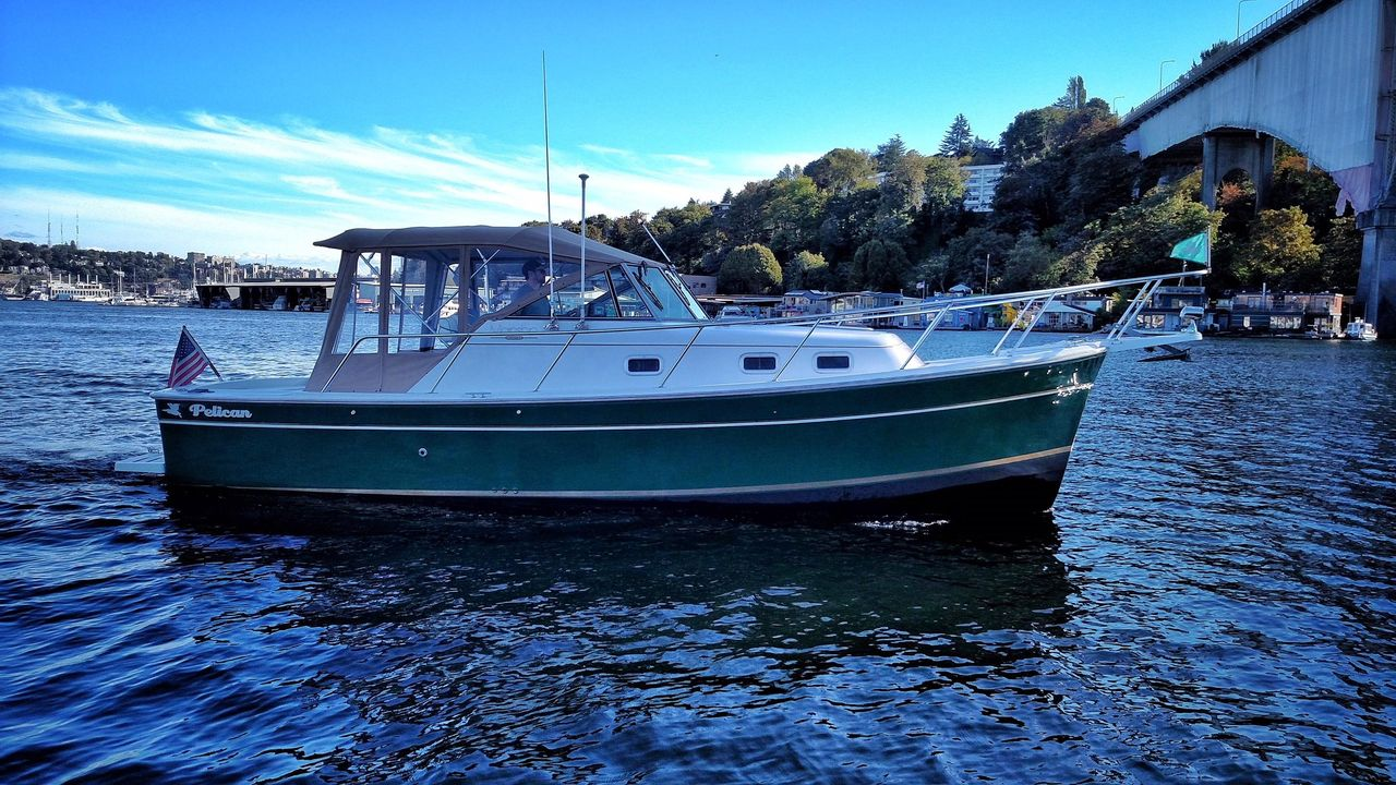 1999 Used Mainship Pilot 30 Downeast Fishing Boat For Sale