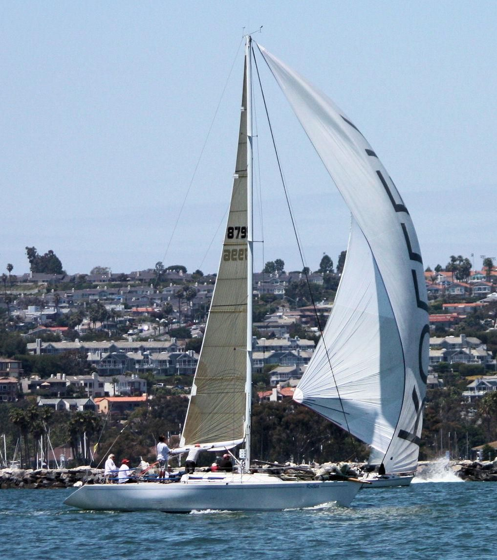 1986 Used Andrews 42 Racer and Cruiser Sailboat For Sale - $29,500