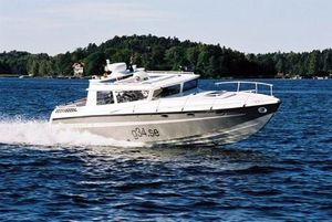 Used Gurami Cross Coast 34 Motor Yacht For Sale