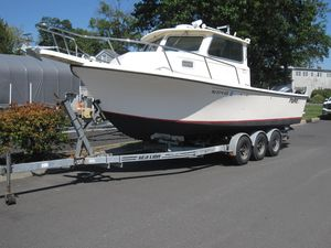 Used Parker 2520 Pilothouse Boat For Sale