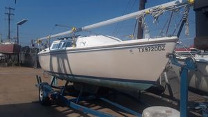 Used Catalina Swing Keel Racer and Cruiser Sailboat For Sale
