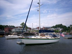 Used Vineyard Vixen 34 Sloop Sailboat For Sale