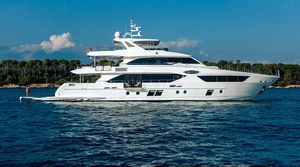 New Majesty Yachts Majesty 110 Motor Yacht For Sale