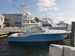 Used Carolina Classic 32 Express Cruiser Boat For Sale