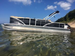 Used Sanpan 2500 Pontoon Boat For Sale