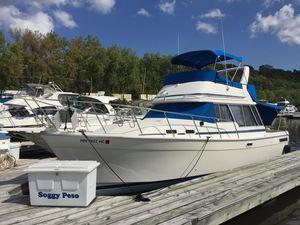 Used Bayliner 3270 Explorer Flybridge Boat For Sale