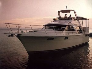 Used Carver 42 Aft Cabin Motoryacht Motor Yacht For Sale