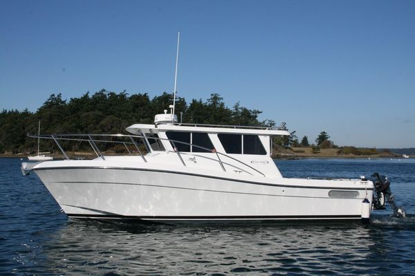 Used Ocean Sport Roamer 30 Express Cruiser Boat For Sale
