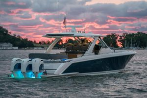 New Tiara Sport 38LS Sports Cruiser Boat For Sale