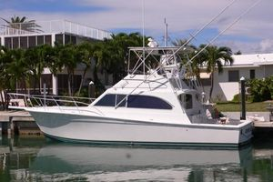Used Egg Harbor Golden Egg 42 Convertible Fishing Boat For Sale