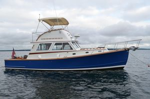 Used Wilbur 34 Flybridge Cruiser With Extended Cabin House Downeast Fishing Boat For Sale