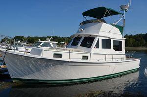 Used Robinhood Flybridge Cruiser Downeast Fishing Boat For Sale