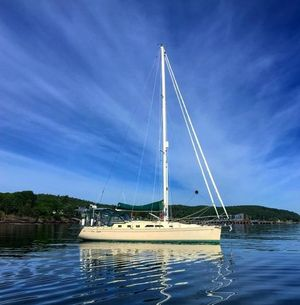 Used Saga 43 Cruiser Sailboat For Sale