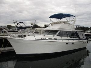 Used Bayliner 32 Motoryacht Motor Yacht For Sale