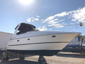 Used Cruisers Yachts 3672 Express Motor Yacht For Sale