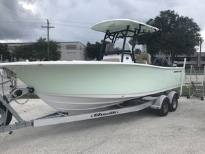 New Sportsman Boats Sportsman 241 HeritageSportsman 241 Heritage Center Console Fishing Boat For Sale